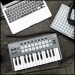 LAUNCHKEY MINI(4)