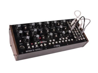 Moog-Mother-32-2