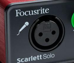 Scarlett Solo (2)