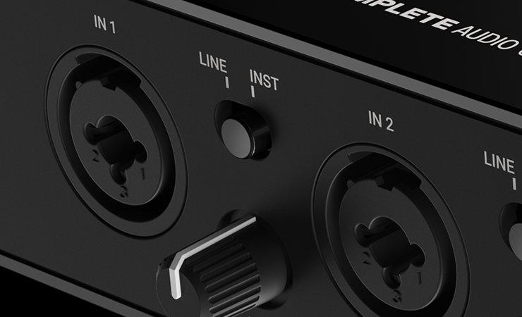 img-poi__image-komplete-audio-6-product-page-04-flexible-combi-inputs-0e62e1290467ec512d0511317cd2e0ec-d@2x